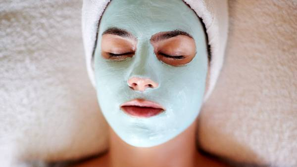 aw_facial-spa-face-mask_1280x720